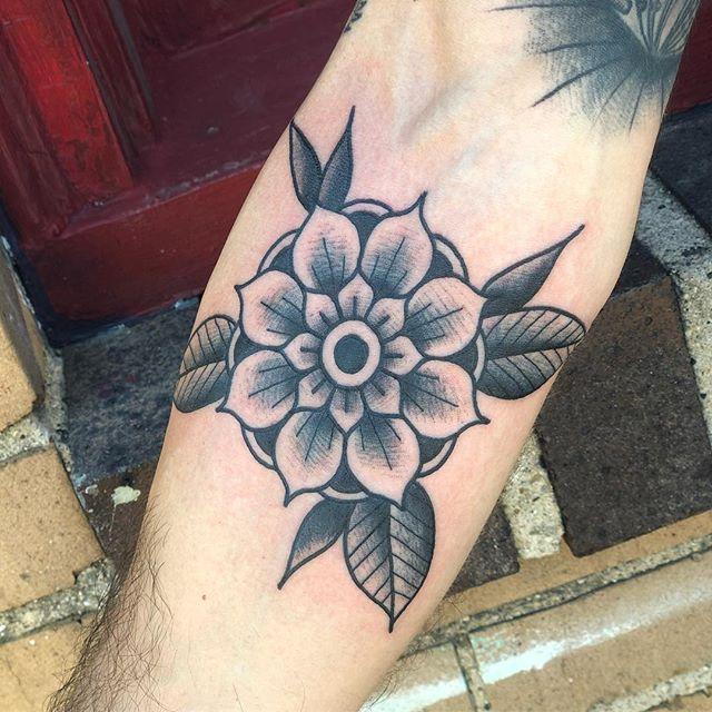 Thanks Andre . . . #tattoo #tattoos #tattooart #tattooer #tattooist #tattooartist #traditional #traditionaltattoo #boldwillhold #blackwork #blackworkers #blackworkerssubmission #flowertattoo #flower #skinart #skinart_traditional #forearmtattoo #indianatattoo #indiana #westlafayette #purdue #purdueuniversity