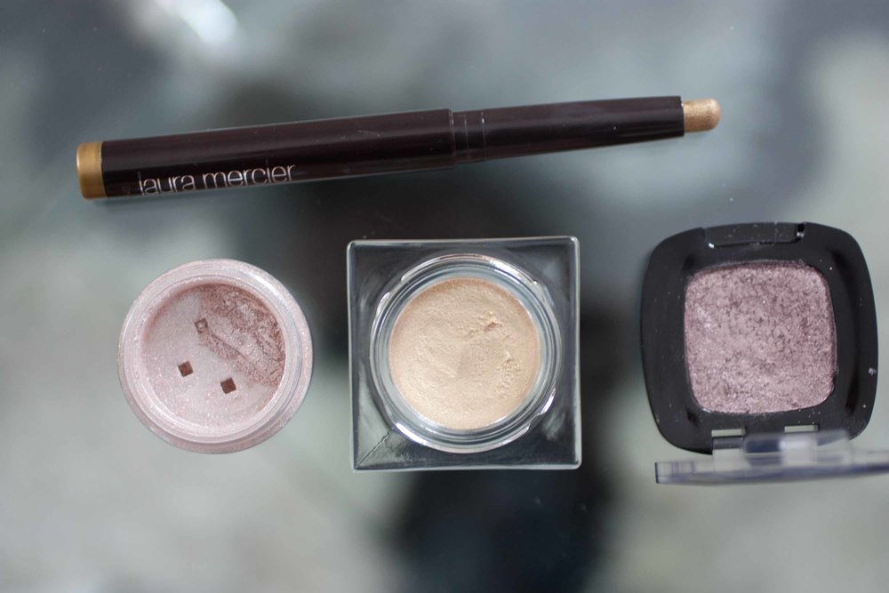"Laura Mercier ""Gilded Gold""   (Limited Edition 2016),   bareMinerals ""Nude Beach""  ,   L'Oreal ""Pain au Chocolat"""