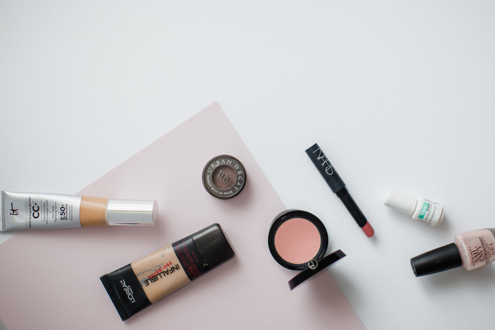 it_cosmetics_pro_matte_armani_flatlay.jpg