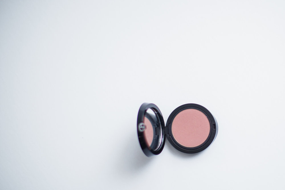 giorgio_armani_daybreak_cheek_fabric_blush.jpg