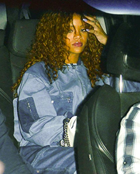 01-rihanna-in-ambush-denim.jpg