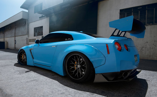 "Liberty Walk Nissan R35 GTR Widebody: 20"" CS Series CS20"