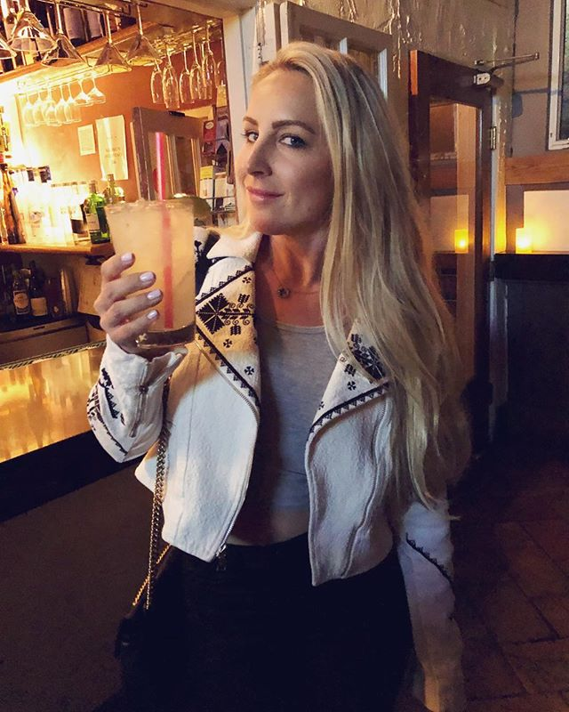 West Hollywood is the place to wear this jacket... I've made ALL the BOY friends tonight!!! #SassyMargarita #WEHO #TrèsChic