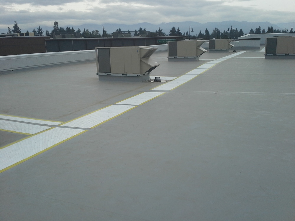Crown Isle - Building H - TPO Roof.jpg