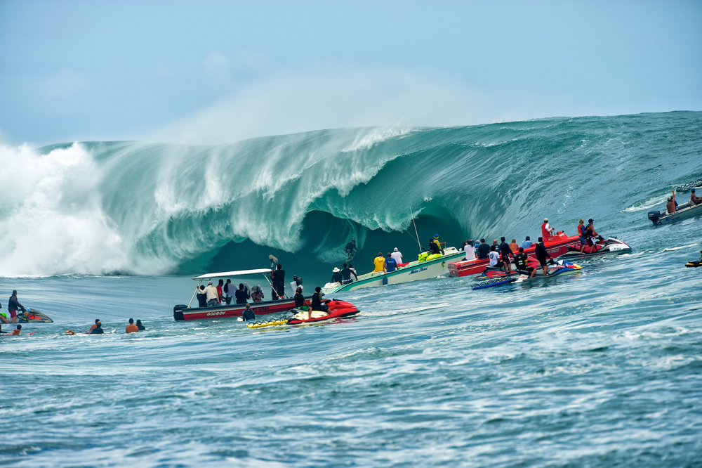When Teahupoo is firing, it's a battle of the photographers