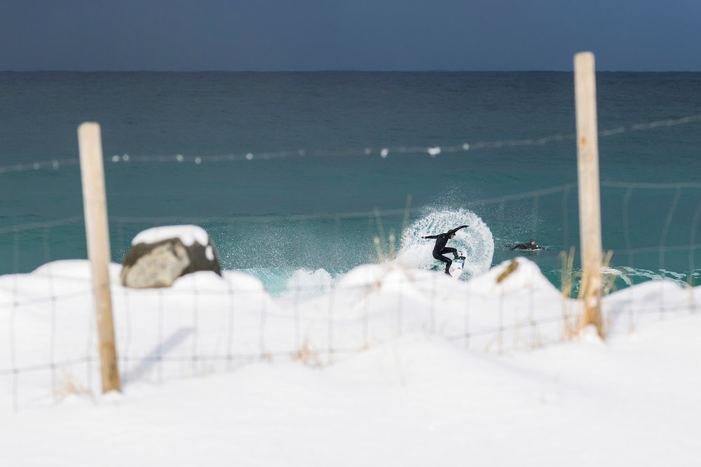 surf photography is about freezing action :)