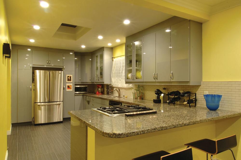 donasarita-kitchen.jpg