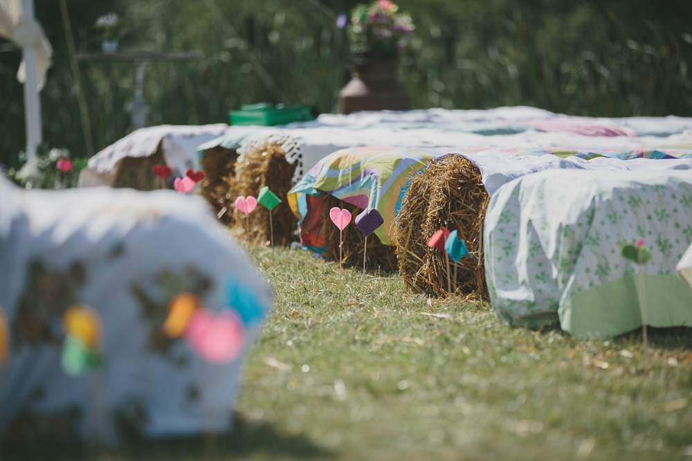 Haybale Ceremony Decor | Cotswolds Wedding Planner
