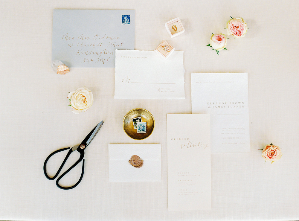 A Vanilla Rose Editorial at Chiswick House | Image by Julie Michaelsen