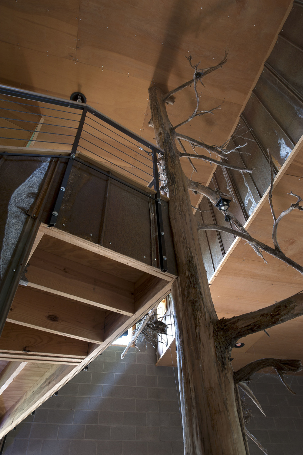 natural-tree-staircase-center-post copy.jpg