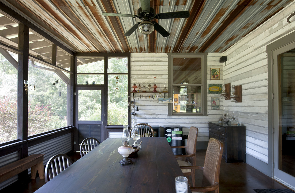 dining-porch.jpeg