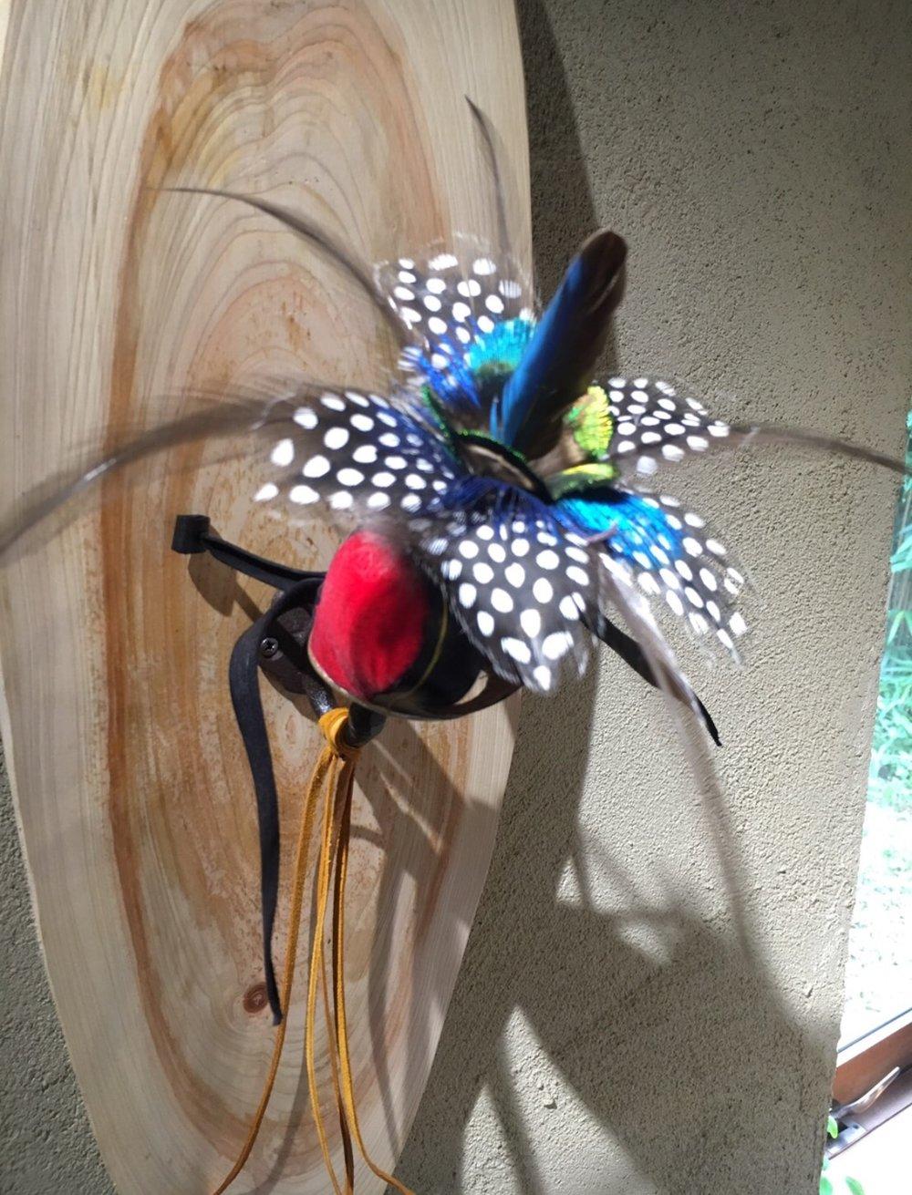 Falconry Hood-making Artist   杉崎一彦  URL: http://falconoid.server-shared.com/  こちらの鷹のHoodや、鷹匠の道具は8月28日まで、伊奈町のVientoで展示されています。私には珍しいものでしたので、新しい知識がほんのちょっと増えて楽しかったです。  Viento 埼玉県伊奈町小室6093−3 TEL0487222303