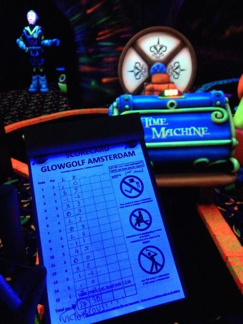 glowgolf2.jpg