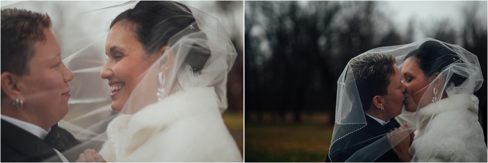 CrystalandJayleen-CameronInnEstate-Portraits-006.jpg