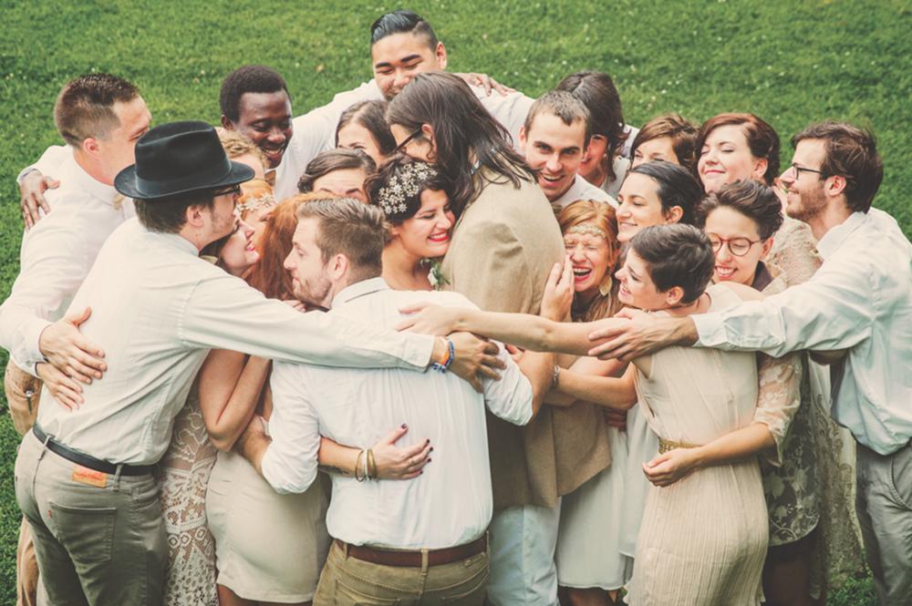 Sara Long Photography wedding party group hug