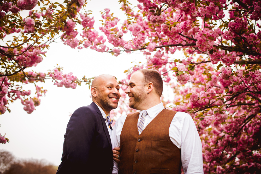 A Lovely Photo Wedding Photography couple among cherry blossoms