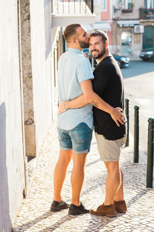 Priscilla De Castro Photography kiss on forehead