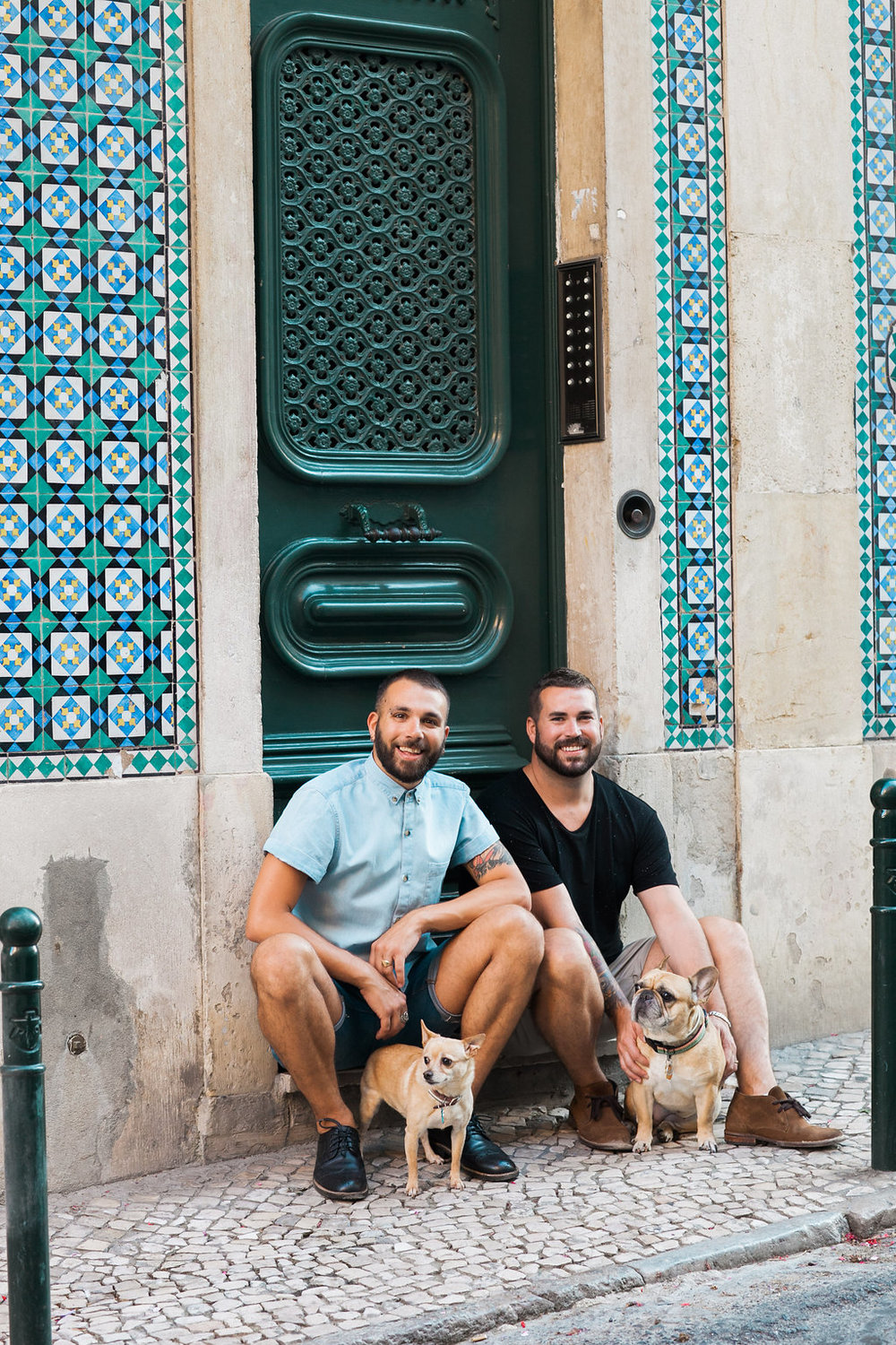 Priscilla De Castro Photography couple on stoop with dogs