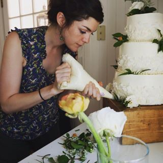 Molly reeder decorating cake