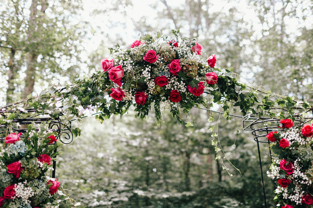 Erin Morrison Photography Tennessee floral arch