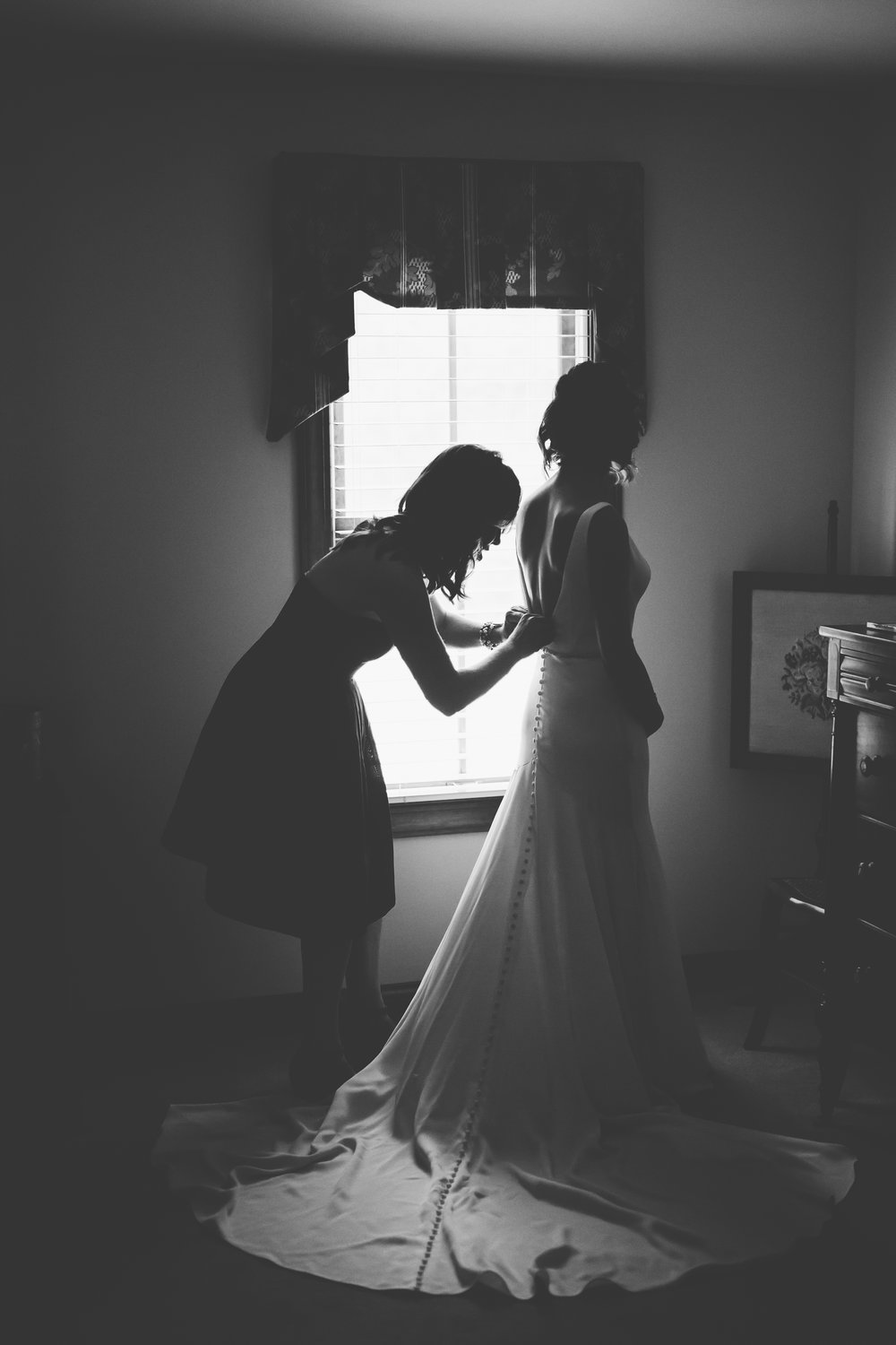 Erin Morrison Photography Tennessee bride getting ready