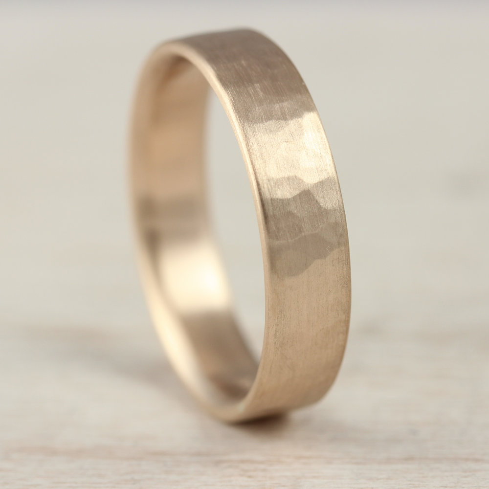 Hammer Textured Slim Classic Simple Band