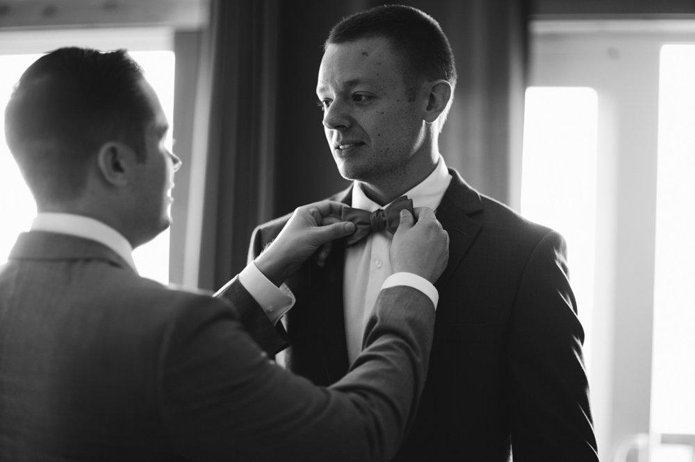 Ederlyn and Geoff Wedding - Geoff getting ready - Photo by Dustin Cantrell