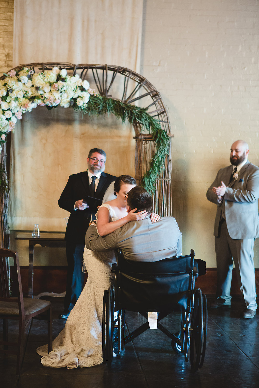 Izzy Hudgins Wedding Photography wedding kiss