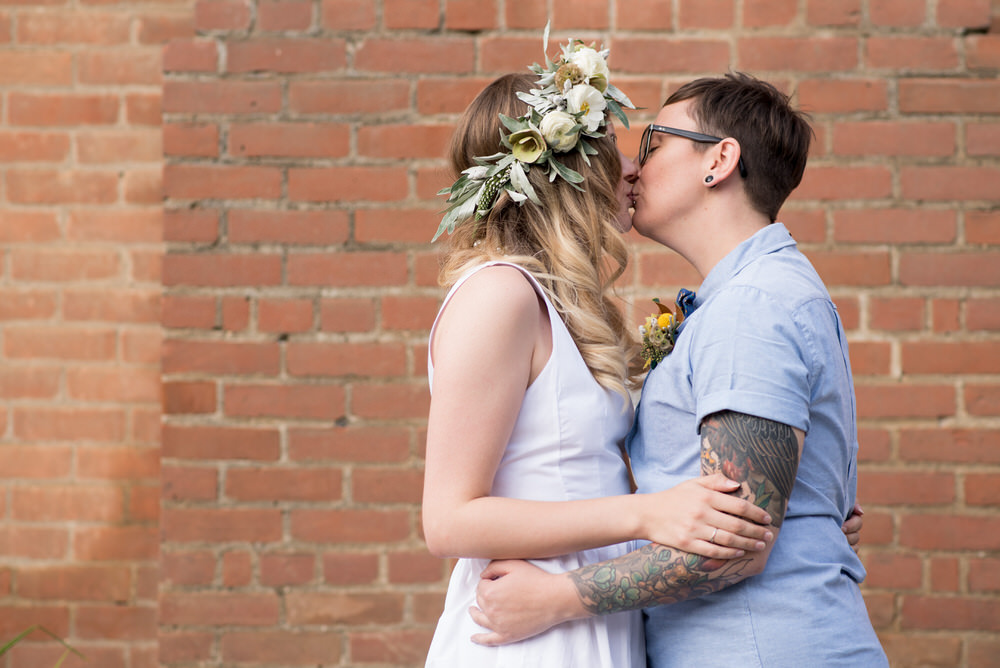 Buffy Goodman Wedding Photography kiss