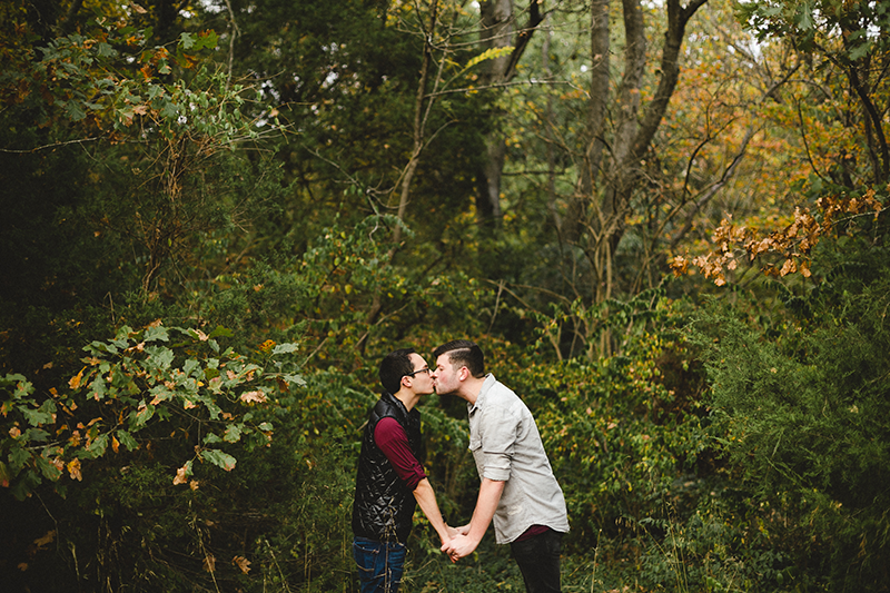 Bowling Green Louisville Kentucky LGBTQ Wedding Engagement Chihuahua Sur La Lune Photography