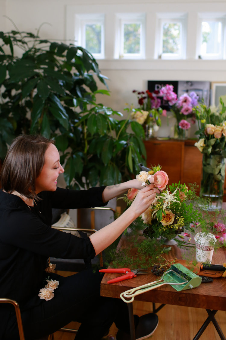 Ask a professional florist why do wedding flowers cost so much all photos by kate knox junglespirit Images