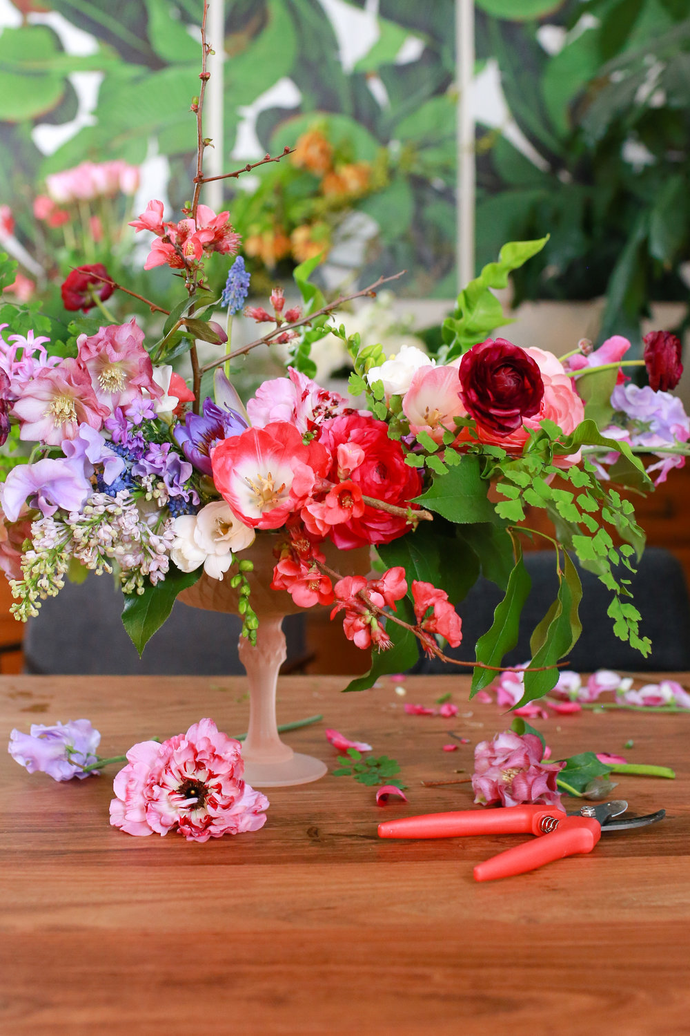 Ask a professional florist why do wedding flowers cost so much blumenkiss cora hardin by kate knox san francisco izmirmasajfo