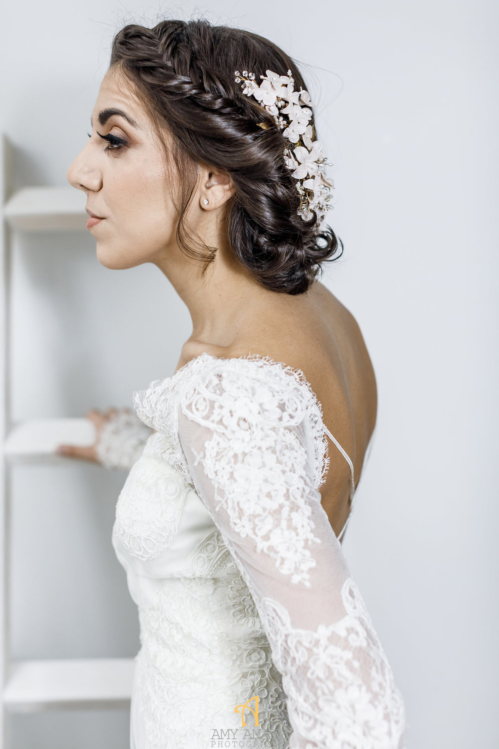 Wedding Inspiration // 7 Hairstyles for Brides with Short Hair ...