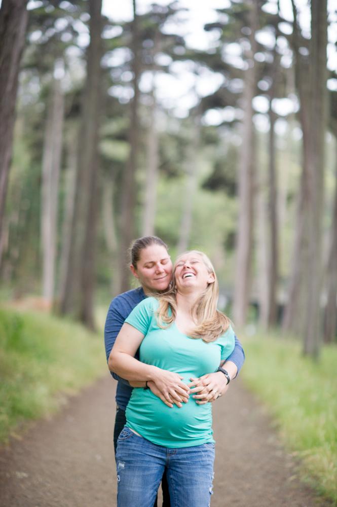 Joyful maternity photos in SF