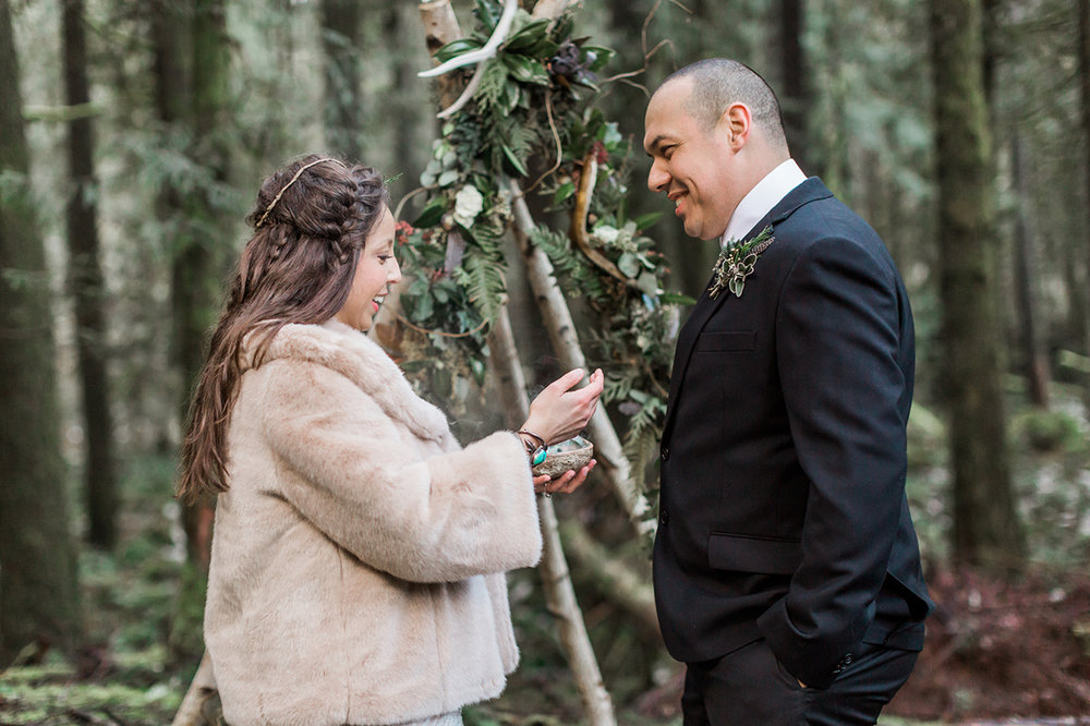 Just A Dash Cakes and Gina Neal Photography Native Winter Wedding