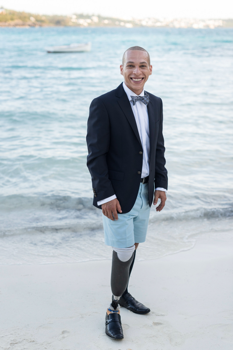 Bermuda groom in blazer and Bermuda shorts
