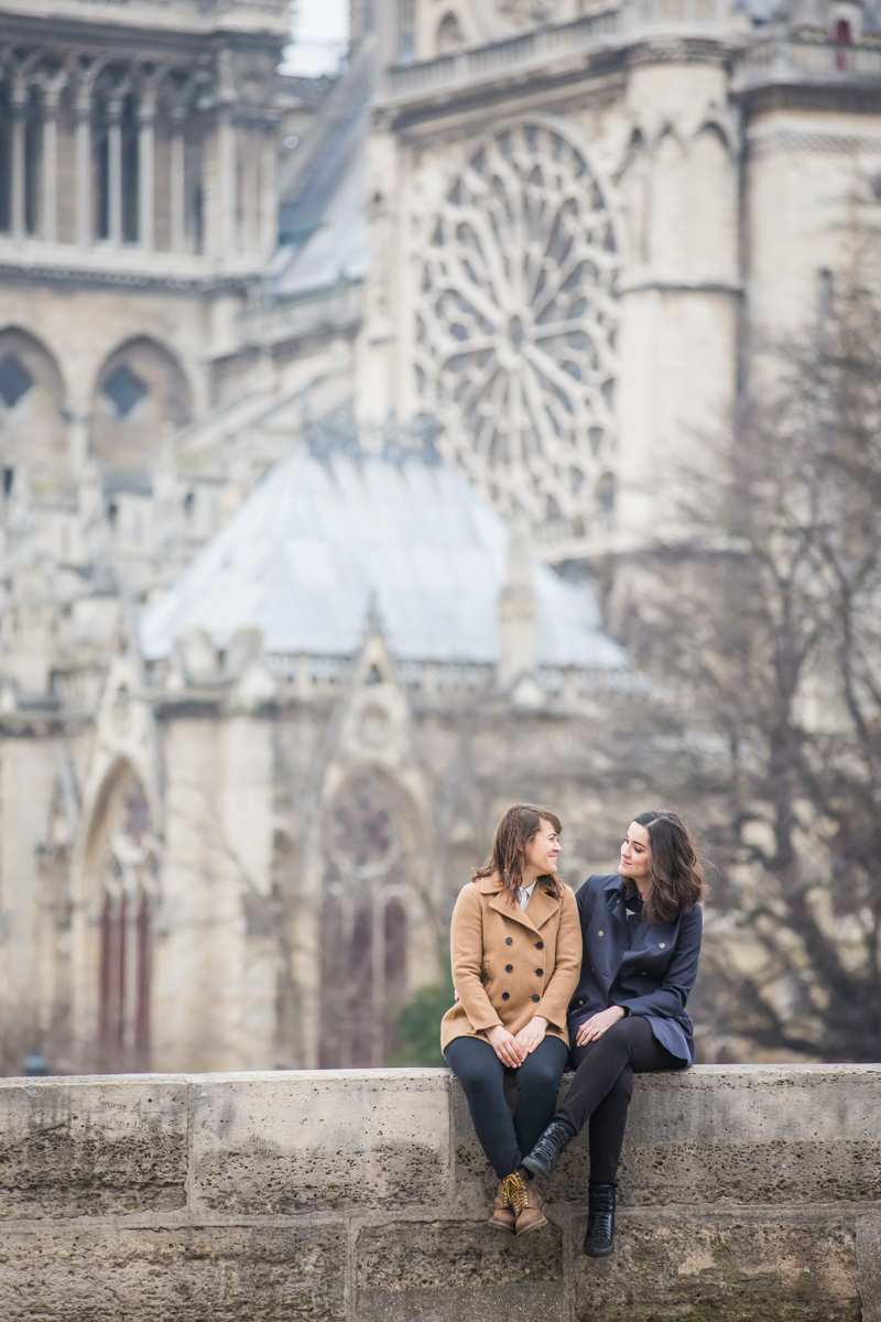 Parisian lesbian engagement photos