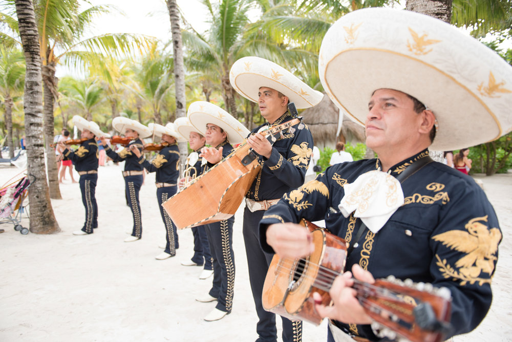 mariachi band at a mexican wedding