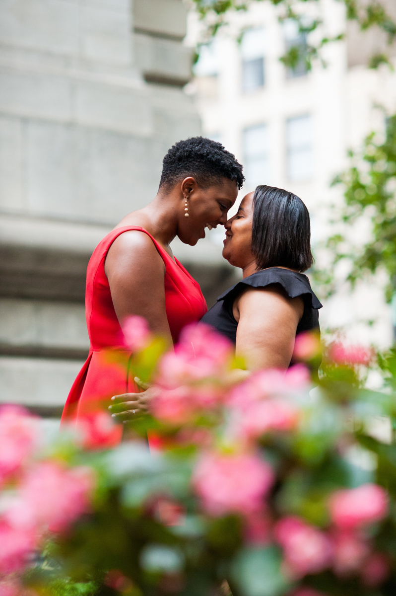 springtime engagement photos in NYC
