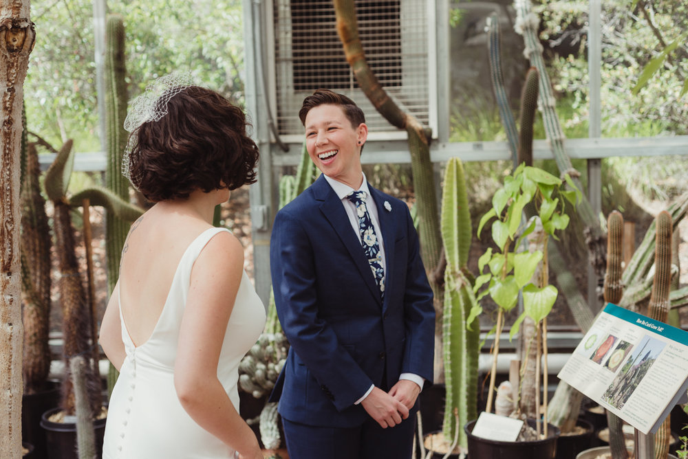 uc berkeley garden wedding first look