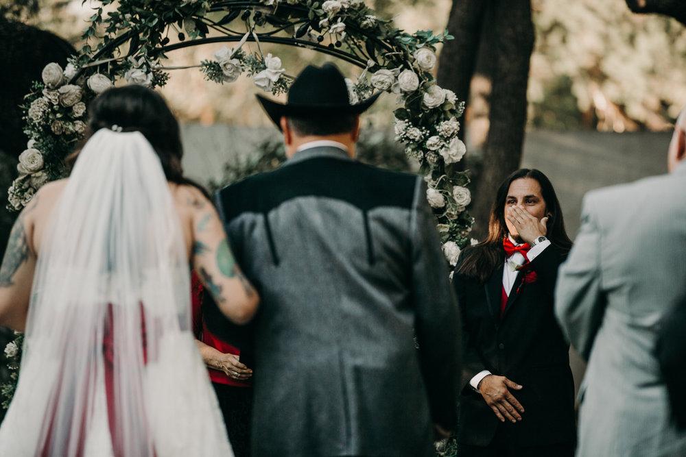 San antonio garden wedding groom waiting for bride