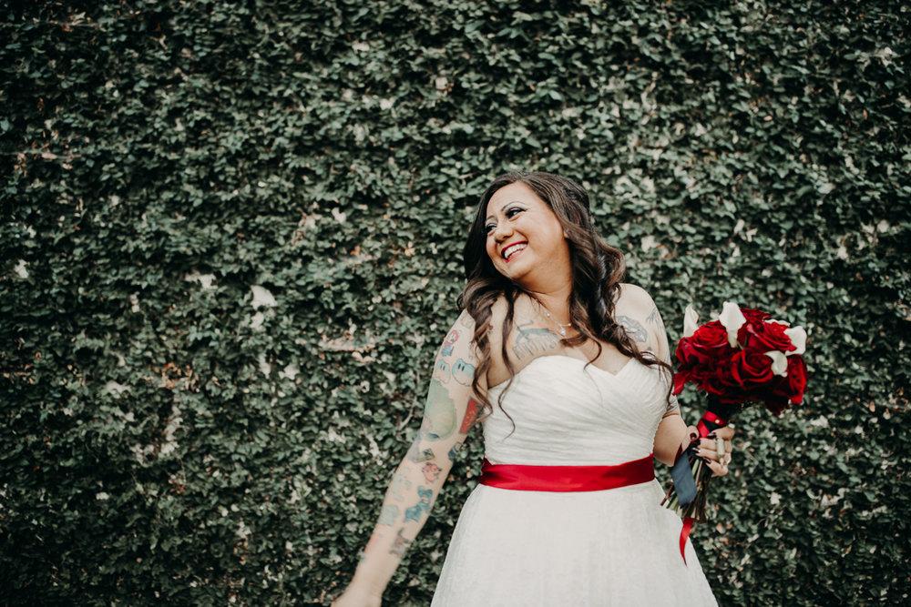 San antonio garden wedding orlando posing