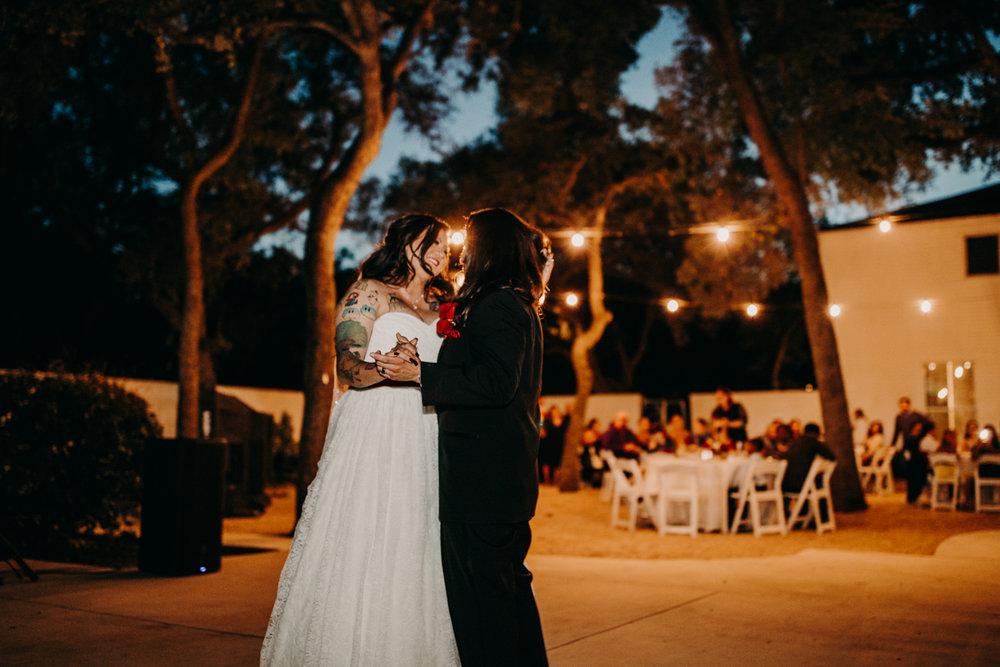 San antonio garden wedding couple dancing outside