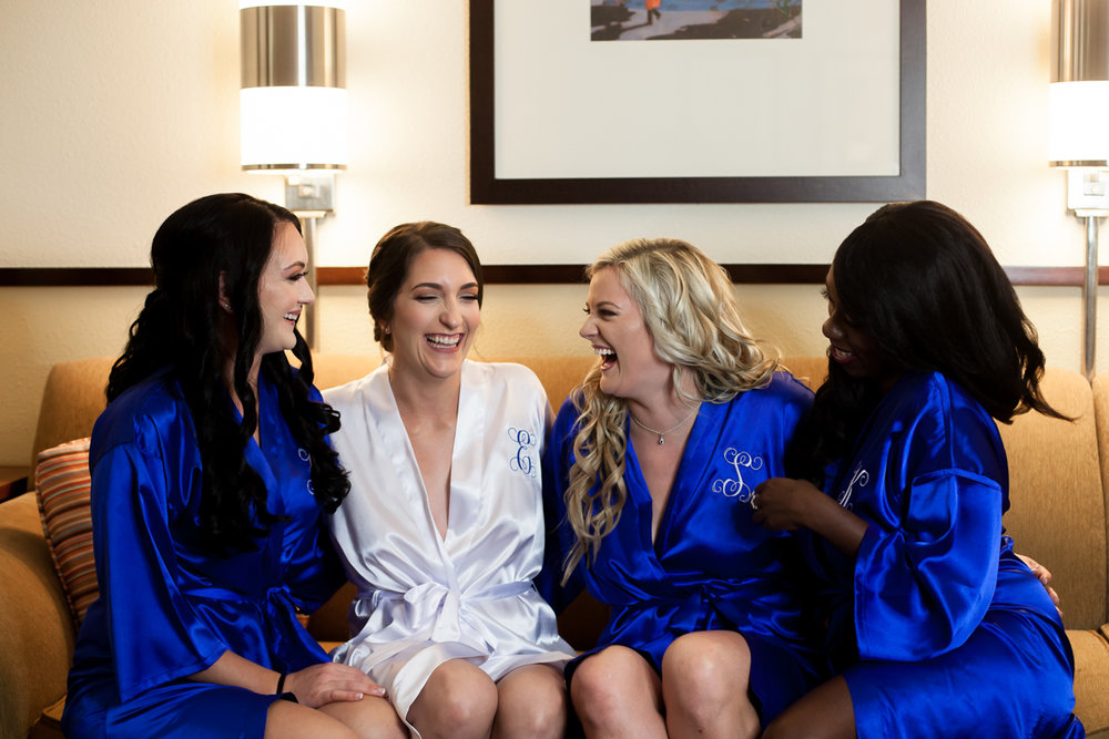 Ballroom wedding charlotte nc bride and bridesmaids getting ready