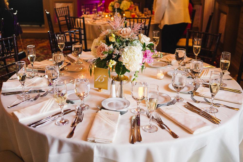 mount vernon ballroom wedding reception table