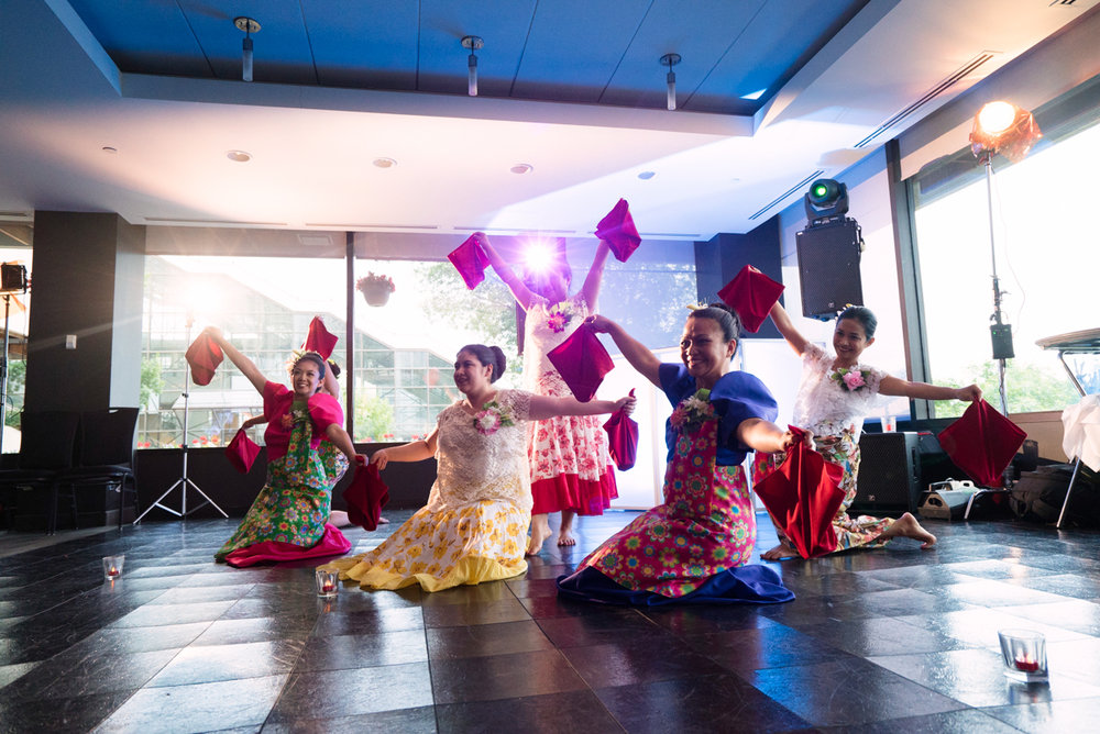 edmonton Indian and filipino wedding women dancing