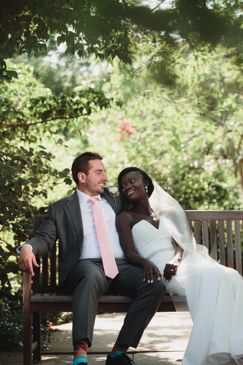 Glam cleveland museum wedding couple on bench