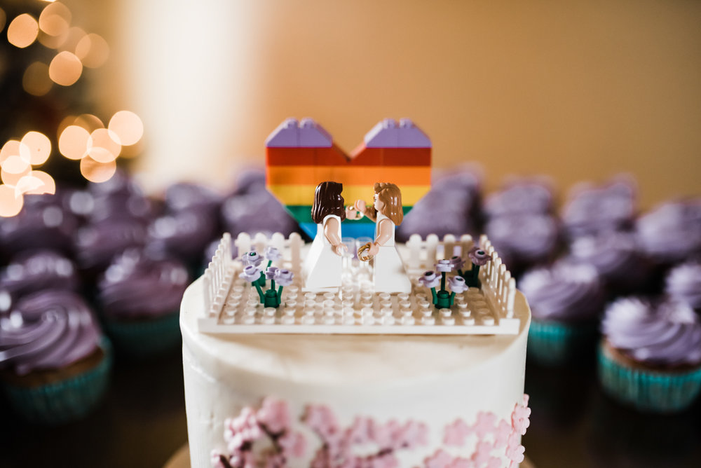 Rustic italian wedding lego cake topper: rainbow heart and bride figures