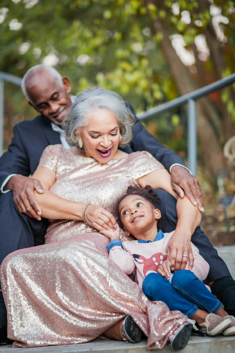 47 years of amazing photo shoot amber robinson marvin, wanda, and granddaughter sitting on steps