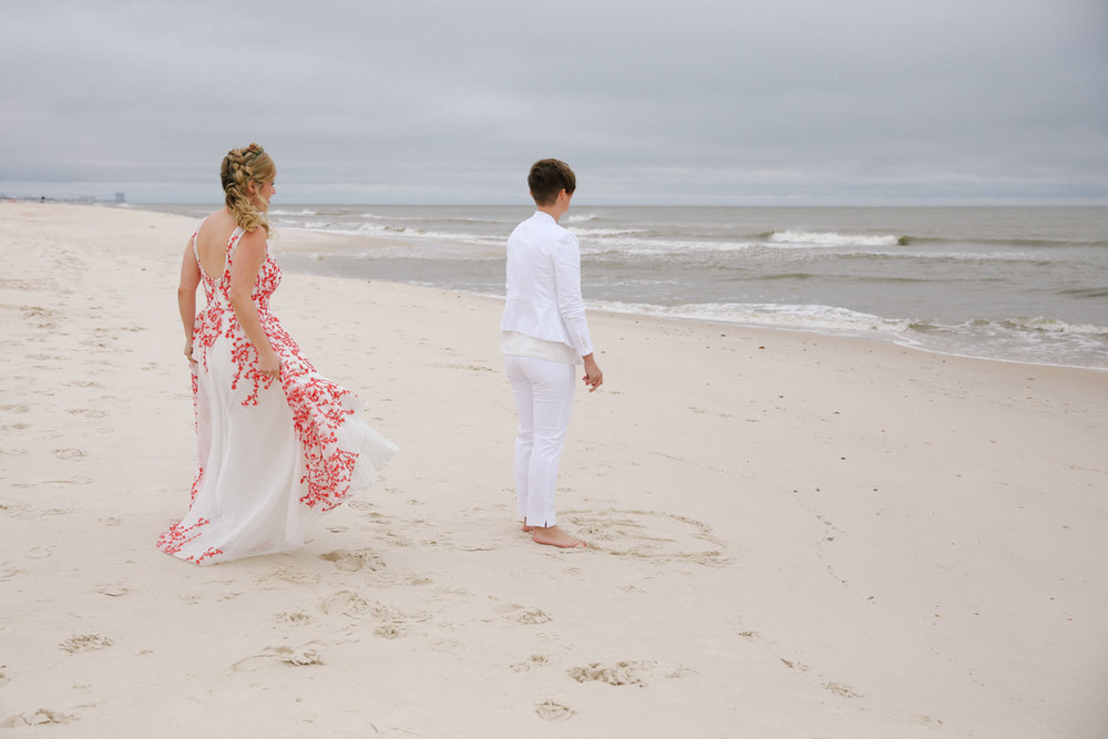 gulf shores destination wedding FIRST LOOK ON BEACH